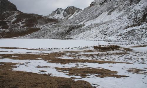 Zdjęcie NEPAL / Manang / Ice Lake / Kicho Tal -Ice Lake