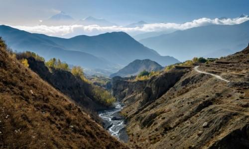 Zdjecie NEPAL / Mustang / Jhong / rzeka...