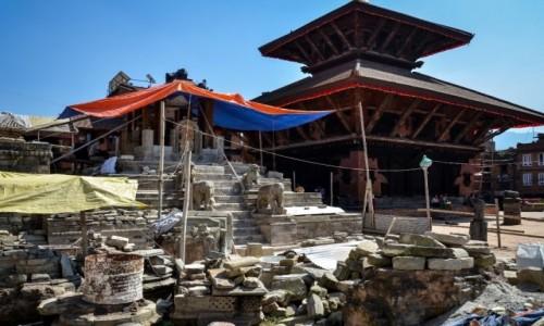 Zdjęcie NEPAL / Dolina Katmandu / Bhaktapur / ruina...