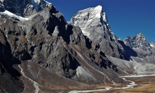 Zdjecie NEPAL / Himalaje, rejon Ama Dablam / Chubejung Kharka / Arakam Tse