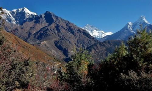 Zdjecie NEPAL / Himalaje, rejon Namcze Bazar / Okolice Khyangjuma / W lew na Cho Oyu, w prawo na Evkę