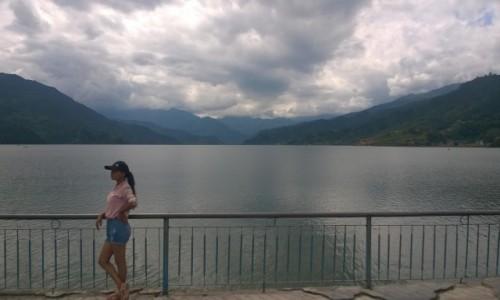 Zdjecie NEPAL / - / Pokhara / Jezioro Fewa