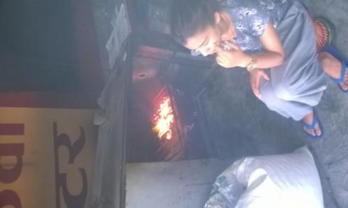 Zdjecie NEPAL / - / Pokhara / Uliczna jadlodajnia