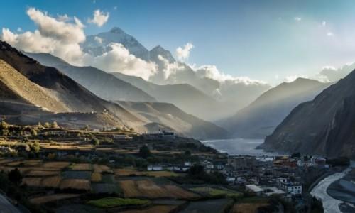 NEPAL / Mustang / Dolina Kali Gandaki / granica...