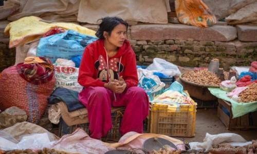 Zdjęcie NEPAL / Katmandu / Tahmel / Uliczny targ