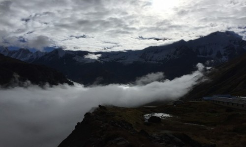 Zdjecie NEPAL / Pokhara / Dolina Annapurny  / A góry nade mną jak niebo