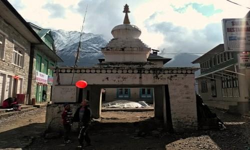 Zdjęcie NEPAL / Himalaje / Lukla / W Lukli