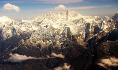 NEPAL / Himalaje / Widok z okna samolotu Buddha Air / Czy jest tu Mount Everest?