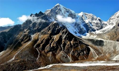 NEPAL / Himalaje / okolice osady Dusa / Taboche Peak