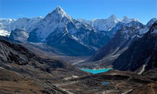 Zdjecie NEPAL / Himalaje / poniżej przełęczy Cho La 5420 m / Dolina Chola Khola