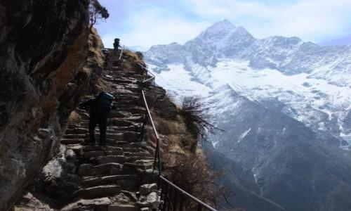 Zdjecie NEPAL / Khumbu / Himalaje / Schody do nieba