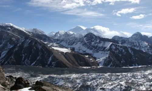 NEPAL / Khumbu / Himalaje / Everest, Lhotse, lodowiec Ngozumpa