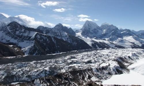 NEPAL / Khumbu / Himalaje / Cholatse, Tawoche i lodowiec Ngozumpa