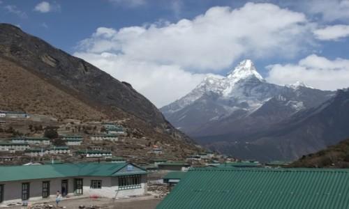 NEPAL / Khumbu / Khumjung / Ama Dablam