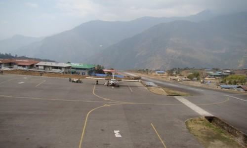 Zdjecie NEPAL / Khumbu / Lukla / Lotnisko w Lukli