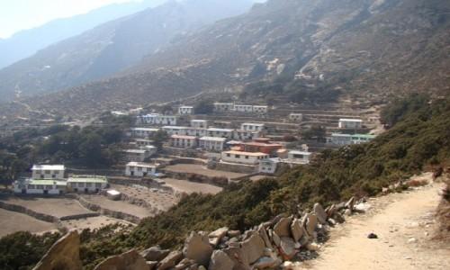 Zdjecie NEPAL / Himalaje / Pangboche / Wioska Pangboche ( górne )