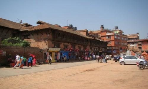 NEPAL / Kathmandu / Bhaktapur / Wejście do Bhaktapur