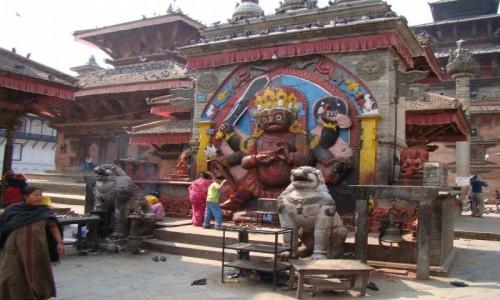 Zdjecie NEPAL / Kathmandu / Durbar Square / Posąg bogini Kali