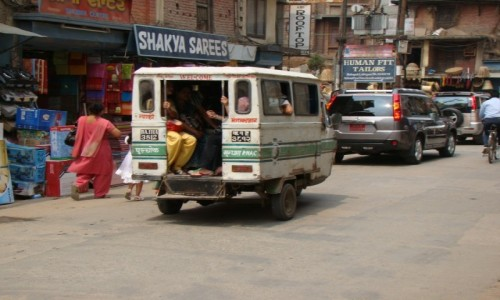 Zdjecie NEPAL / Kathmandu / Kathmandu / Kathmandu tuk tuk