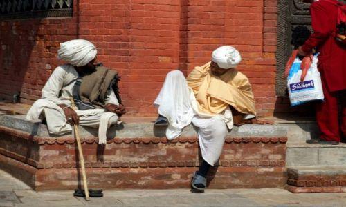 Zdjecie NEPAL / Kathmandu / Kathmandu / Chwila na ploteczki