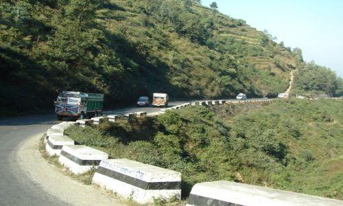Zdjecie NEPAL / brak / Dolina Kathmandu / Droga gdzieś w Nepalu