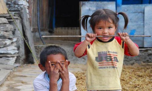 Zdjecie NEPAL / Anapurna / Anapurna TREK / Dziecięce popisy :)