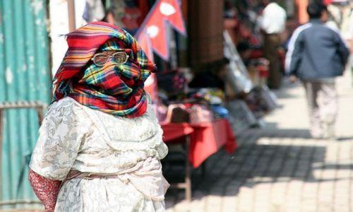 Zdjęcie NEPAL / brak / PATAN / Wstydliwa...inaczej