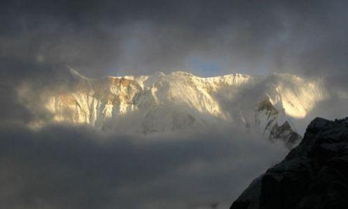NEPAL / Annapurna Sanctuary / Annapurna Base Camp 4130 mnpm / Annapurna I (poranek 2)