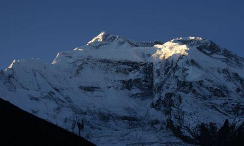 Zdjecie NEPAL / brak / Himalaje / Annapurna o wschodzie słońca