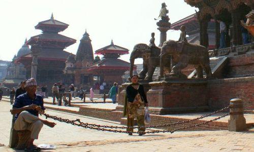 Zdjecie NEPAL / Madhyamańćal Wikas Kszetr / Kathmandu / Wschodnia architektura