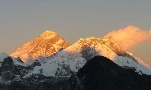 Zdjecie NEPAL / brak / widok na Mount Everest z Gokyo Ri / Najwyższy zachód sońca