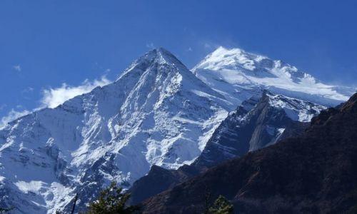 Zdjecie NEPAL / Madhja-Pa��ima��al Wikas Kszetr  / okolice Annapurny / ANNAPURNA