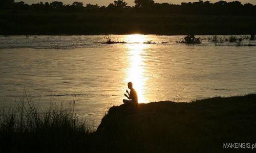 Zdjecie NEPAL / Chitwan / Chitwan / Zachód słońca
