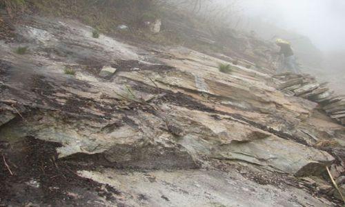 Zdjęcie NEPAL / Annapurna Trekking / Ghasa -> Marpha / ...będzie droga?