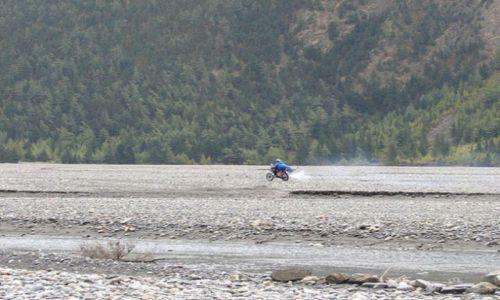 Zdjęcie NEPAL / Annapurna Trekking / droga Ghasa -> Marpha / Easy Rider :)