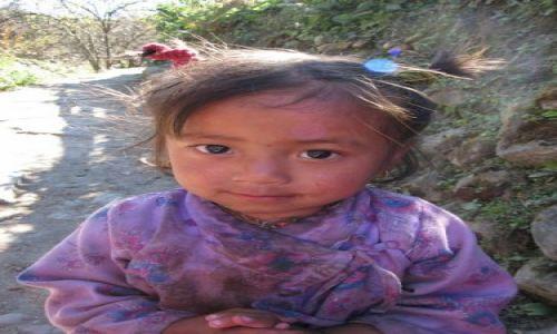 Zdjecie NEPAL / Nepal / wie� Thanchok / dziecko