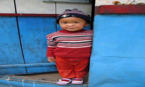 Zdjecie NEPAL / Nepal / wioska Shikha / dziecko