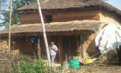 Zdjecie NEPAL / brak / Okolice Katmandu / Dziewczynka idz