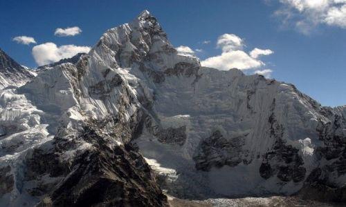 Zdjecie NEPAL / Khumbu Valley / Nepal / Chukhung 5883m widziana z Kalapattha (5550m)