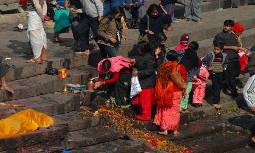 Zdjecie NEPAL / Kathmandu valley / Kathmandu / Pashupatinath Temple