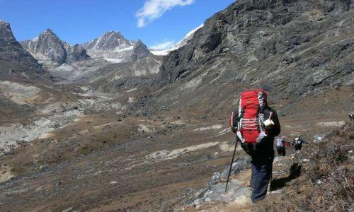 NEPAL / Himalaje / Dzongla Kharka / W drodze do Dzongla Kharka