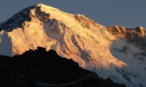 NEPAL / Himalaje / Gokyo / Wschód na Gokyo