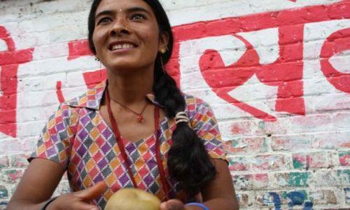 Zdjecie NEPAL / kathmandu / kath / sprzedawczyni