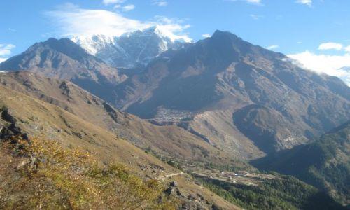 Zdjecie NEPAL / brak / Himalaje / Napowietrzna wioska.
