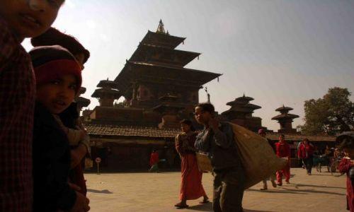 Zdjęcie NEPAL / durbar sq / kathmandu / human traffic