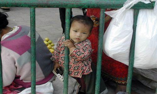 Zdjecie NEPAL / Kathmandu / Durbar / smutne ale prawdziwe