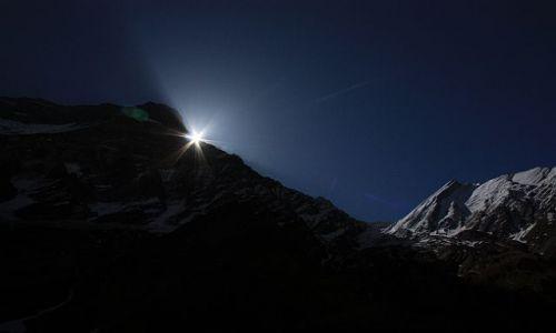 Zdjecie NEPAL / - / Widok z Italian Base Camp w drodze pod Dhaulagiri / Wschód słońca
