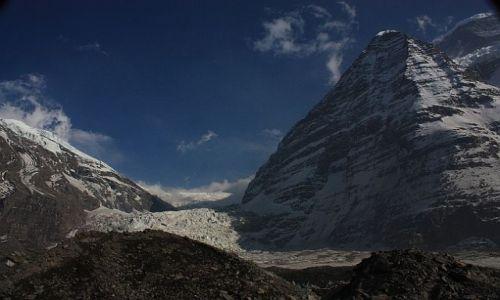 Zdjecie NEPAL / - / Widok z Dhaulagiri Base Camp na drogę pod Dhaulagiri / Na Dhaulagiri