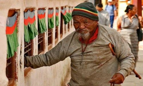 Zdjęcie NEPAL / Kathmandu Valley / Bouddanath  / Buddysta