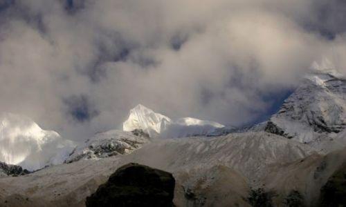 Zdjecie NEPAL / Annapurna / Annapurna Base Camp 4130 / Gangapurna (?)